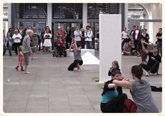Standing stones exhibition Dancers 3 edit