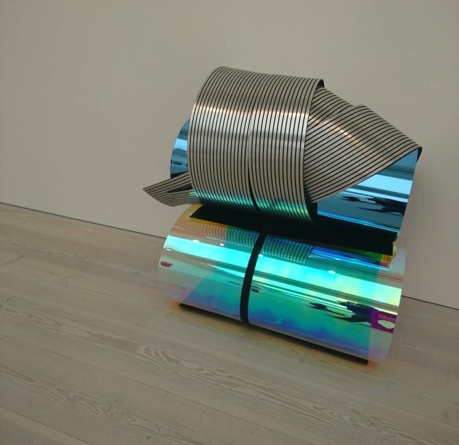 shiny-tubes-saatchi-2